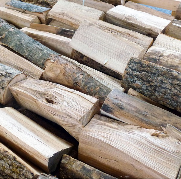 Kiln Dried Firewood Logs - 100% Ash - Large Crate - Equivalent to approx. 3.5 bulk bags